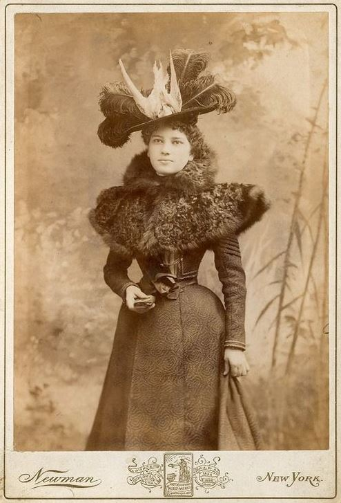 Woman's Feathered Hat 4