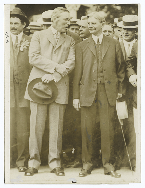 Woodrow Wilson (Left) and Thomas Marshall (Right). Courtesy of the New York Public Library.
